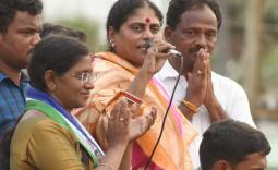 YS Vijayamma Maadugula Election campaign Photo Gallery - YSRCongress