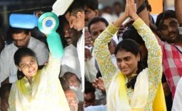 YS Sharmila Kaikaluru Election campaign Photo Gallery - YSRCongress