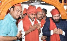 YS Jagan visits Ameenpeer Dargah Photo Gallery - YSRCongress