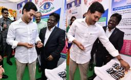 AP CM YS Jagan Distributes money to Agri Gold Victims - Photo Gallery - YSRCongress