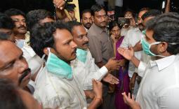 YS Jagan Visit to Narsapur Govt Hospital in West Godavari district